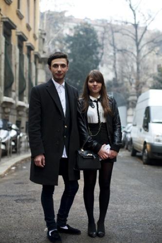 Looks de calle en la Semana de la Moda de Milán, pareja