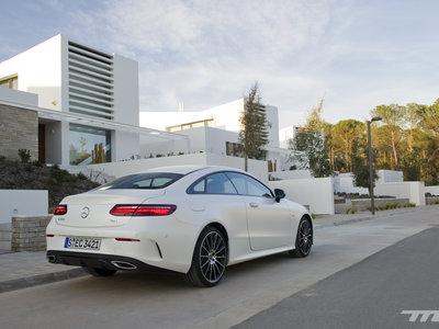 Mercedes-Benz Clase E Coupé, a prueba: un bonito cuatro plazas listo para devorar kilómetros
