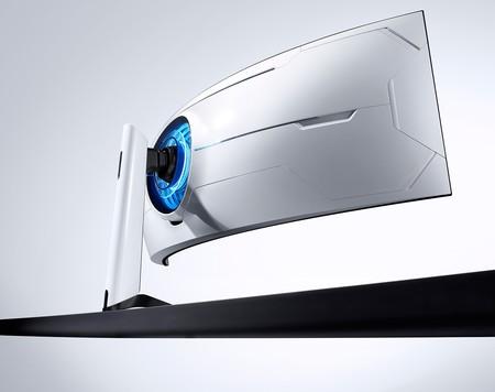 """49 pulgadas QLED, 240 Hz y gran curvatura """"envolvente"""", así es el nuevo y enorme monitor gaming de Samsung"""