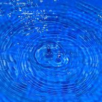 La peligrosa sustancia llamada monóxido de dihidrógeno puede ahogarte cuando menos te lo esperas