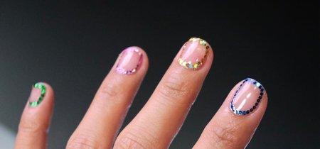 Out line glitter, la nueva tendencia en manicura que te va a conquistar