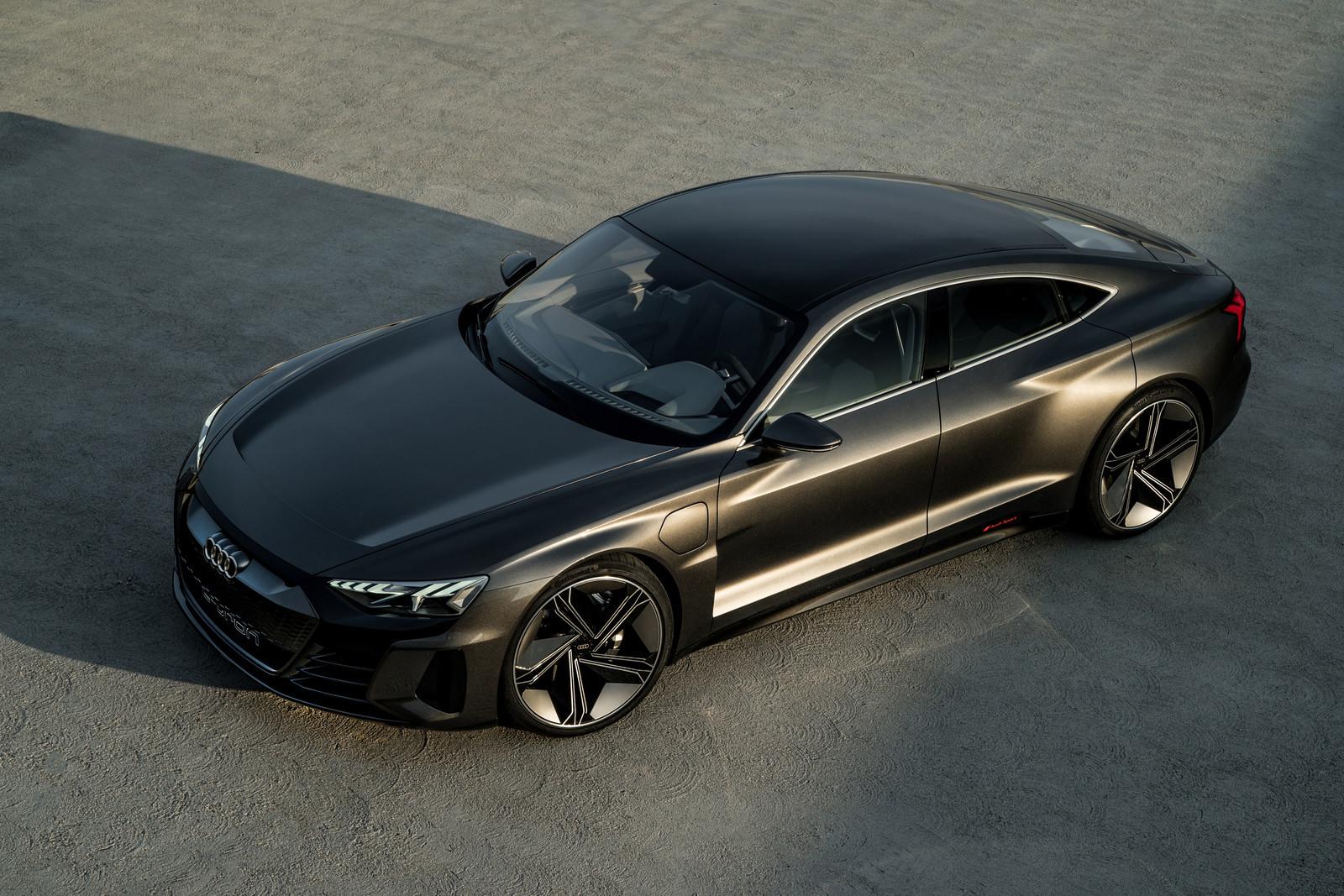 Foto de Audi e-tron GT concept 2018 (38/55)