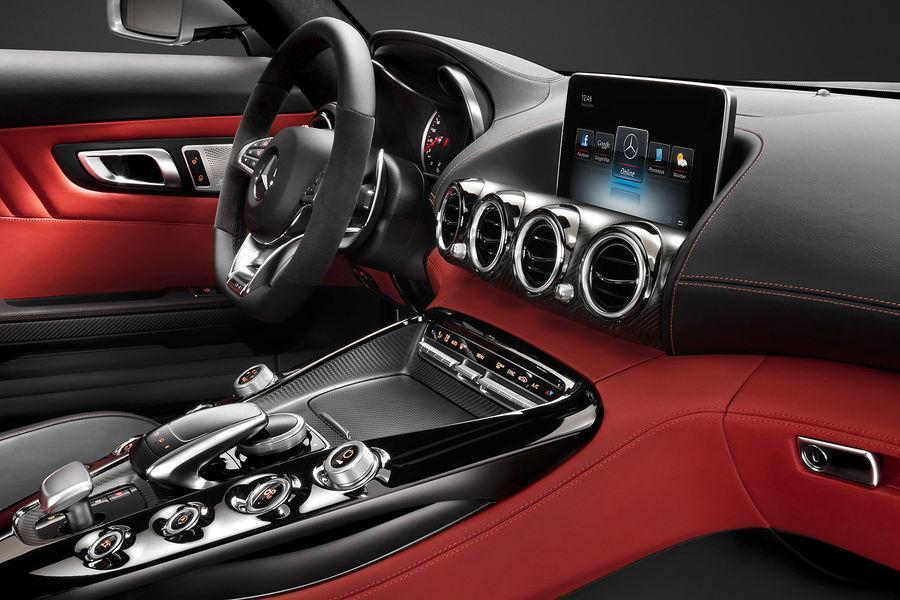 Foto de Mercedes-Benz AMG GT, interior (2/5)
