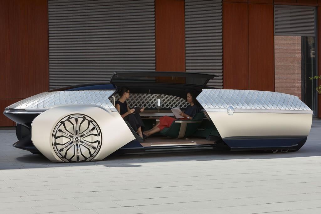 Renault EZ-ULTIMO: un concepto de coche eléctrico, robotizado y autónomo que quiere ser tu lujosa sala de estar en carretera