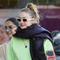 Si ya has guardado el abrigo, Gigi Hadid tiene el look perfecto para sobrevivir estos días de frío