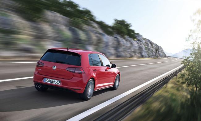 Volkswagen Golf GTD 2013, vista trasera
