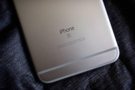 Fabricar un iPhone no es fácil: así es como Apple implica a decenas de empresas en más de 30 países