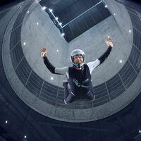Para trepar o volar: así es CLYMB, el túnel de viento más grande del mundo es también el muro de escalada interior más alto