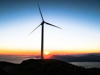 Las renovables han superado por primera vez al carbón en Europa (y no gracias a España)