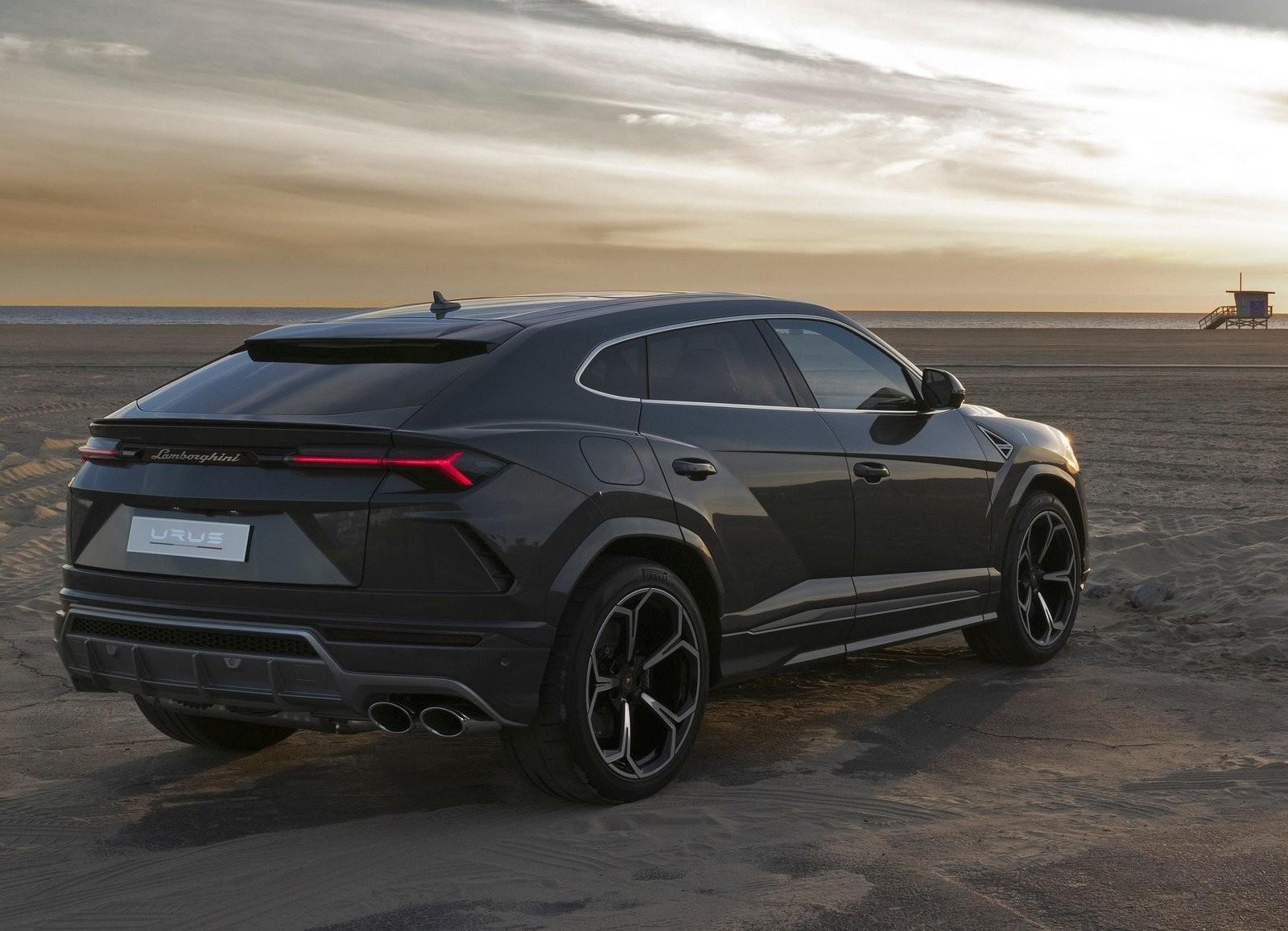 Foto de Lamborghini Urus (47/76)