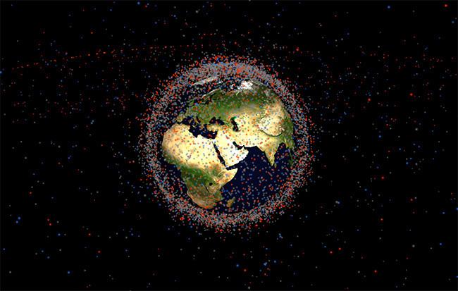 Esta web demuestra que hay más basura espacial y satélites orbitando la Tierra de los que piensas 650_1200