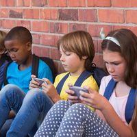 Coahuila sería el primer estado de México que prohibiría el uso de smartphones en escuelas