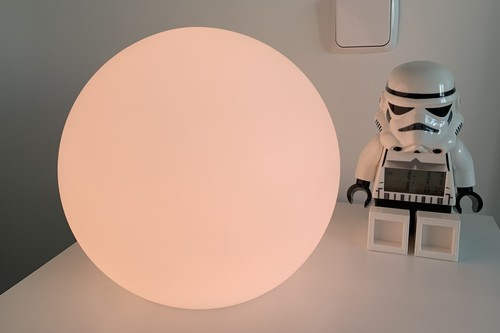 """Eve Flare, análisis: una """"bola"""" de luz compatible con HomeKit que puedes llevarte a cualquier parte"""