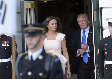 Melania Trump nos demuestra que el peplum reinterpretado no está para nada trasnochado