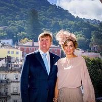 La Reina Máxima de Holanda sigue demostrando que es una de las mejor vestidas dentro de la realeza. Esta vez en Sintra