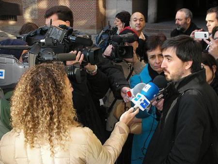 Desmentida la oferta de una Academia de Internet en la reunión con el PSOE