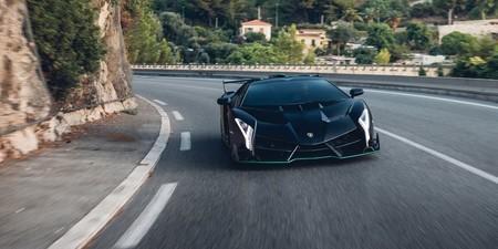 Lamborghini Veneno Roadster3 1579016340