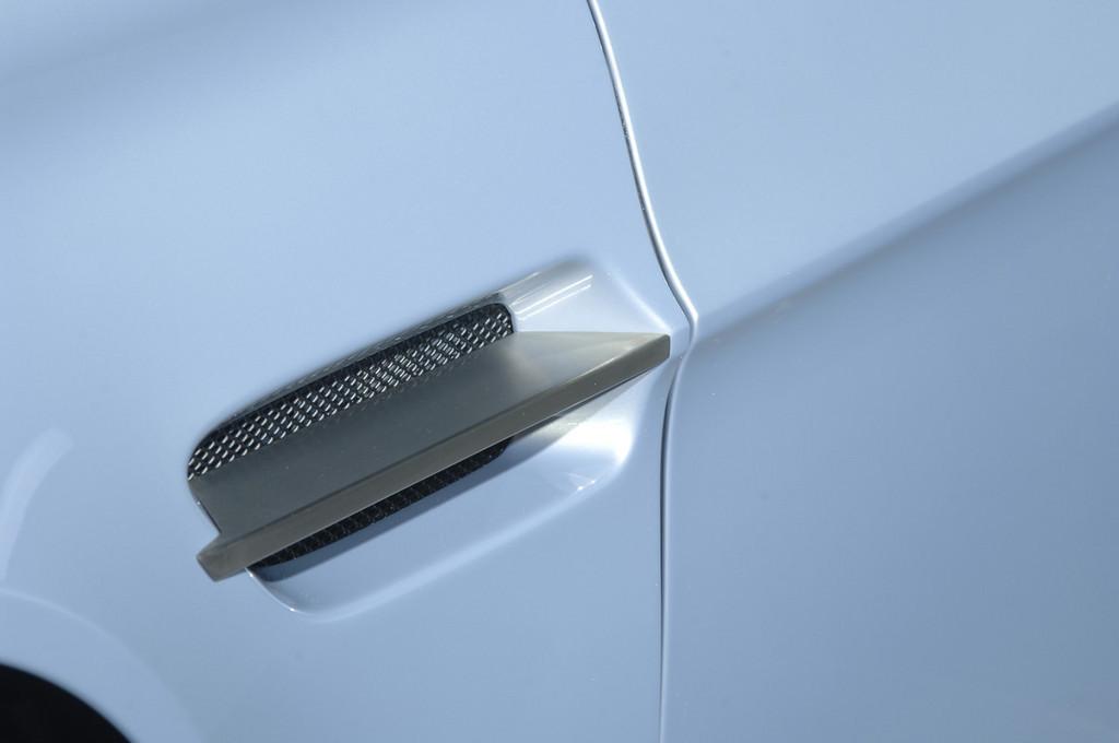 Foto de Aston Martin V12 Vantage RS (10/29)