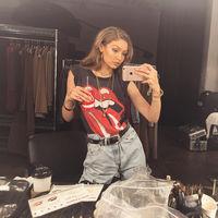 Gigi Hadid o cómo lucir una melena rosa (fucsia)