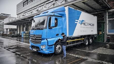 El Mercedes-Benz eActros tendrá dos años para demostrar lo que un camión eléctrico puro es capaz de hacer