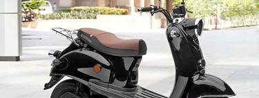 Aldi pone a la venta una moto eléctrica: un scooter con 40 km de autonomía por 999 euros