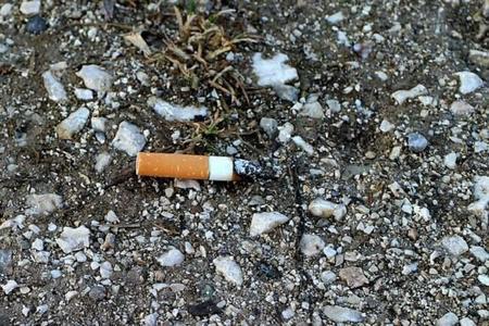 Los filtros usados de cigarrillo se pueden convertir en materias primas para supercondensadores