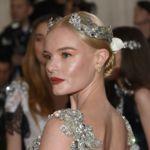 Kate Bosworth se convierte en una diosa del futuro en la Gala MET 2016