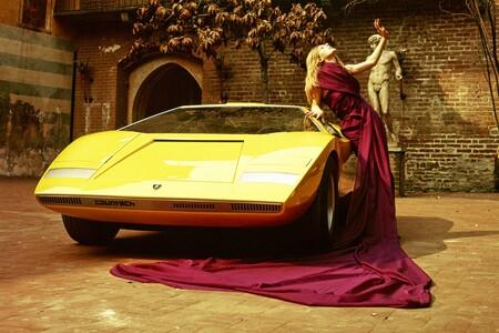 Lamborghini Countach 2022 Teaser 1
