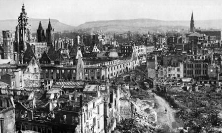 Ciudades destruidas por la guerra, ciudades reconstruidas en la postguerra