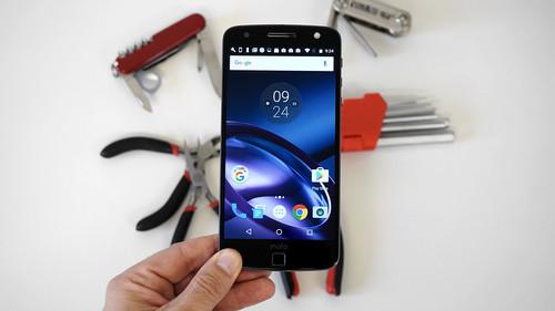 Moto Z, análisis: de grosor de 5 mm a proyectar 70 pulgadas en un segundo