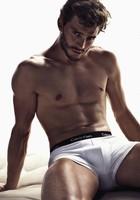 Jamie Dornan nos dará sombra enseñándolo TODO en su papel de Christian Grey