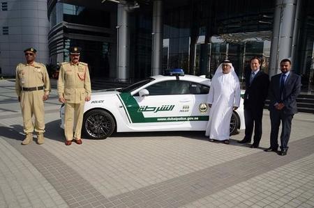 La policía de Dubái ahora viaja en Lexus RC F