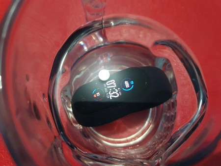 Xiaomi Mi Smart Band 5 Primeras impresiones Resistencia al agua en México