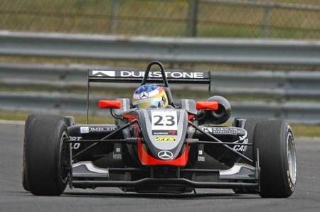 La cantera: revés para Roberto Merhi y primeros podiums para Marco Barba