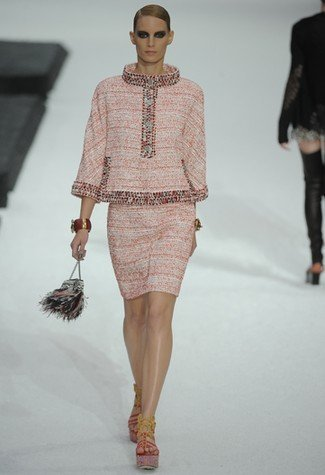 Chanel Primavera-Verano 2011 ladylike