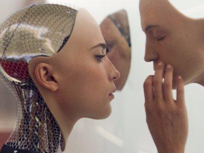 Luc Besson tiene proyecto en TNT y Steven Soderbergh en Netflix