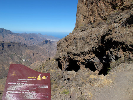 Cuevas Montañas Sagradas Gran Canaria