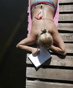 Cuidados de verano: por qué es mejor buscarlos en tu farmacia