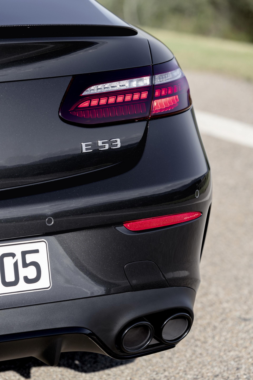 Foto de Mercedes-AMG E 53 Coupé 2021 (32/35)