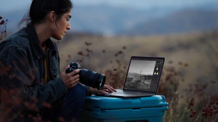 Apple New MBP Photographer