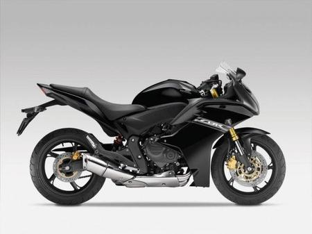 Toma de contacto Honda CBR 600 F 2011 - Parte 1: Evolución del mito