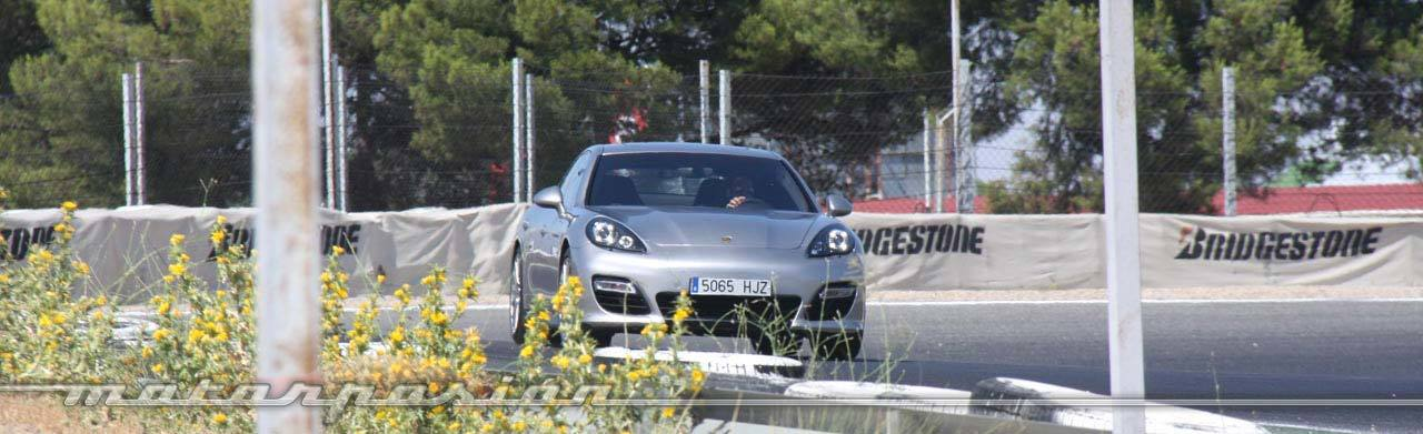 Foto de Porsche Panamera GTS (Prueba) (61/135)