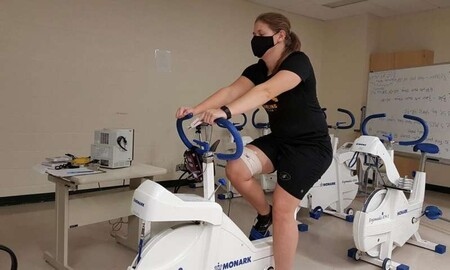 Las mascarillas faciales no dificultan la respiración durante el ejercicio, según otro estudio
