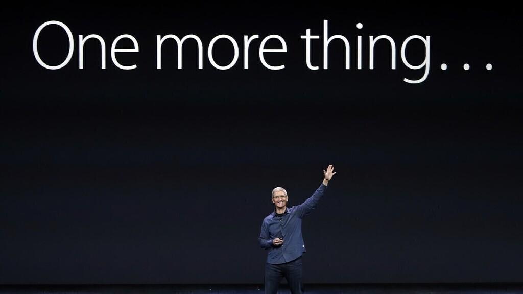 One more thing... los usos del reciente iPad Pro, Google™ Photos corta el grifo y la nueva Apple™ Store en Roma
