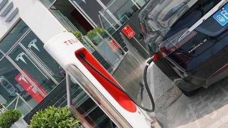 Tesla Model S Recarga China