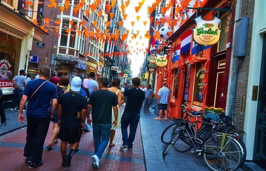De cómo los holandeses pasaron de ser los más bajos de Europa a los más altos en 150 años