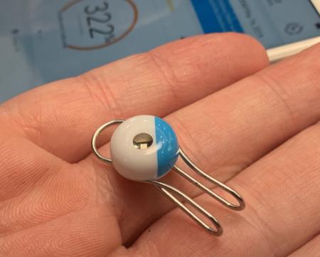 My Skin Track UV, análisis: este wearable es más pequeño que un céntimo, no tiene batería y mide la radiación solar