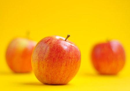 Consume una fruta con cáscara por día