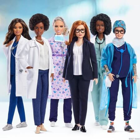 Cientificas De Astrazeneca En Barbie