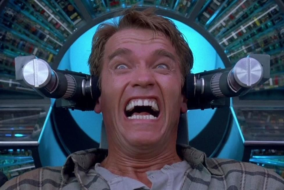 'Desafío total': cómo Verhoeven camufló de blockbuster de ciencia ficción la película más marxista de la historia de Hollywood